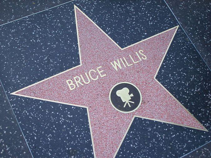 800px-Bruce_Willis_Walk_of_Fame