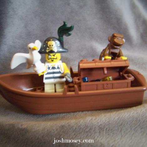 lego_short_pirate